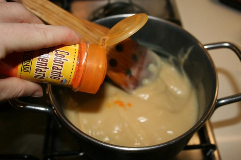 05. Poner el colorante para las Tartaletas de frutos del bosque