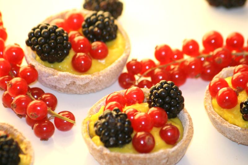 15 Bodegon con las Tartaletas de frutos del bosque en blog de recetas fitness