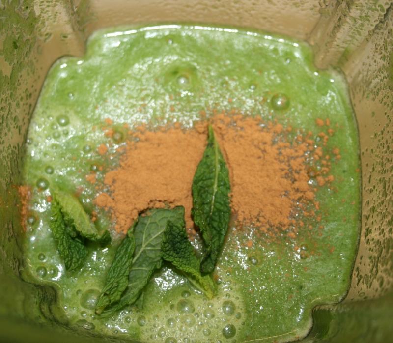 Añadimos Canela y menta para los batidos verdes en blog de fitness y nutrición